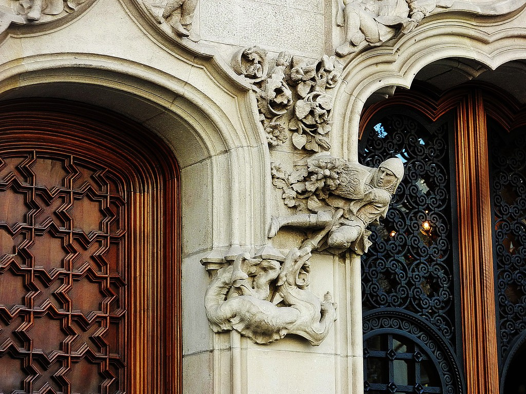 Sant Jordi  casa amatller
