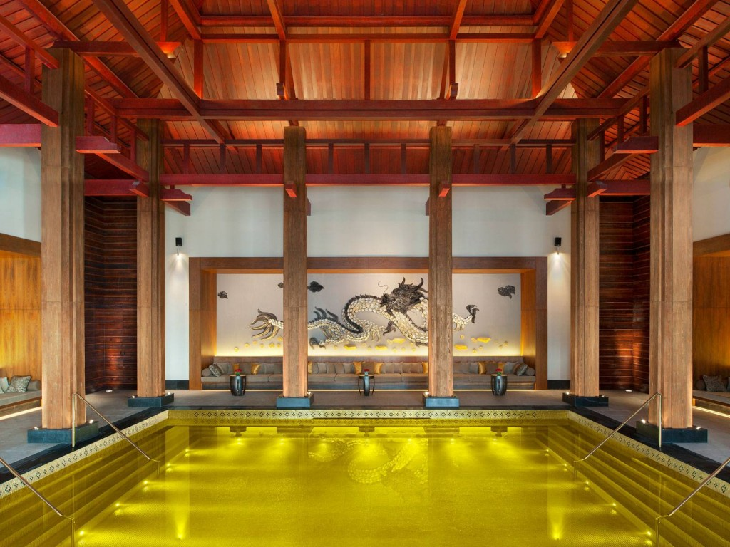 st-regis-lhasa-resort-pool-gold-bling-woe-1