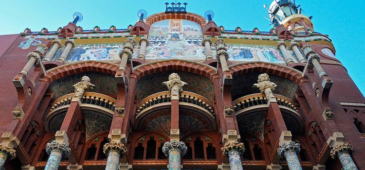 10 façanes de Barcelona que s' han de veure (i II)