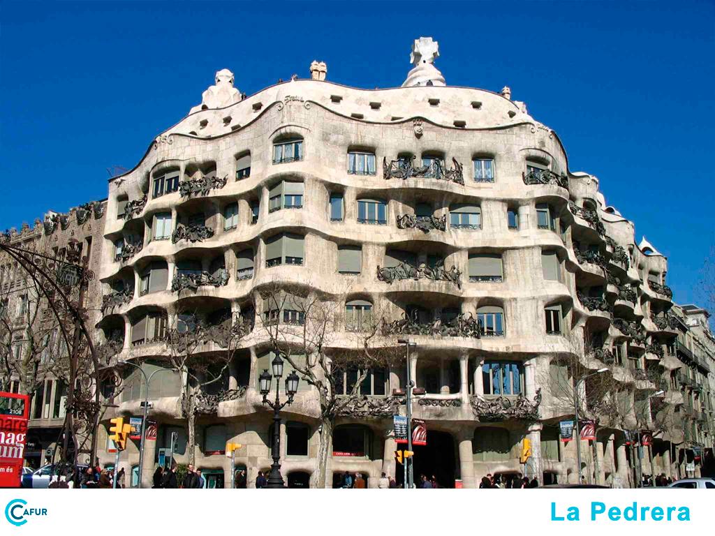 edificis-modernistes-de-barcelona-la-pedrera