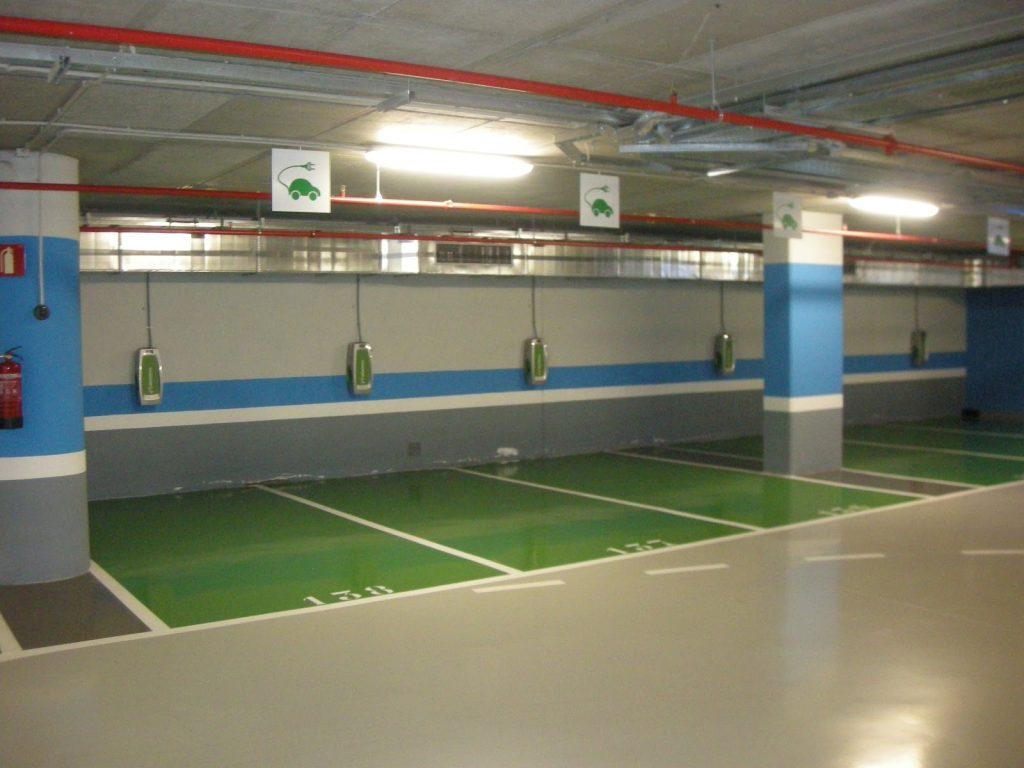 Recarga de vehículos eléctricos en Comunidades de Propietarios